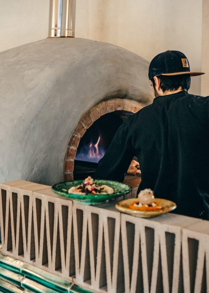 oven kitchen libanese food habibi